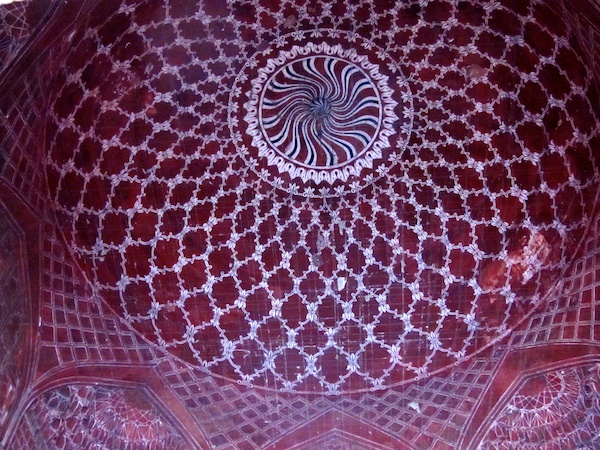 Inside the dome of the Red Mosque