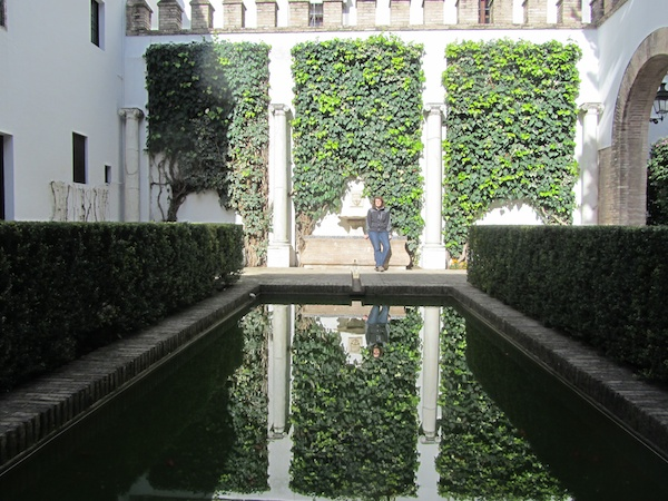 Bronwyn in one of the courtyards of the Alcázar