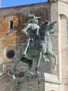 Pizarro's statue in front of the cathedral