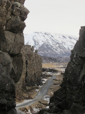The Mid-Atlantic Ridge at þingvellir