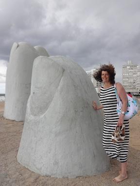 El Mano de Punta Del Este, in strong wind