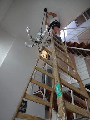 Luckily we found a brave soul with a tall ladder