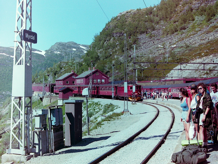 Waiting at Myrdal Station